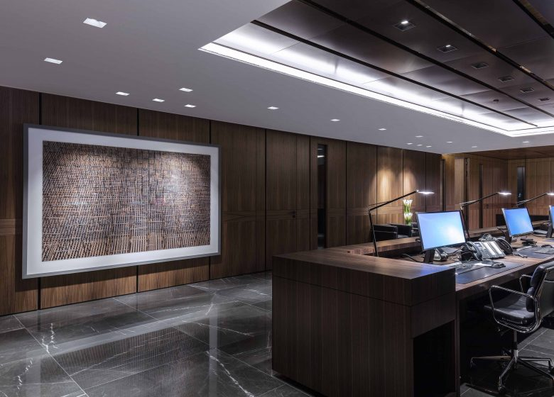 sophisticated office building in london