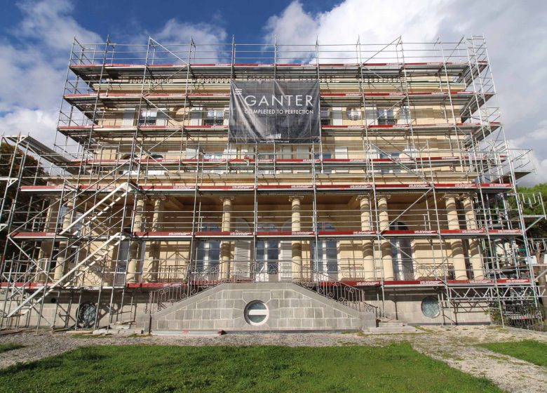 Scaffolding and Ganter banner on the Villa Montreux