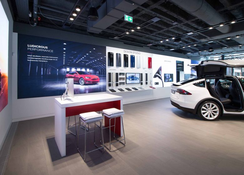 Tesla store in Stuttgart - realised by Ganter