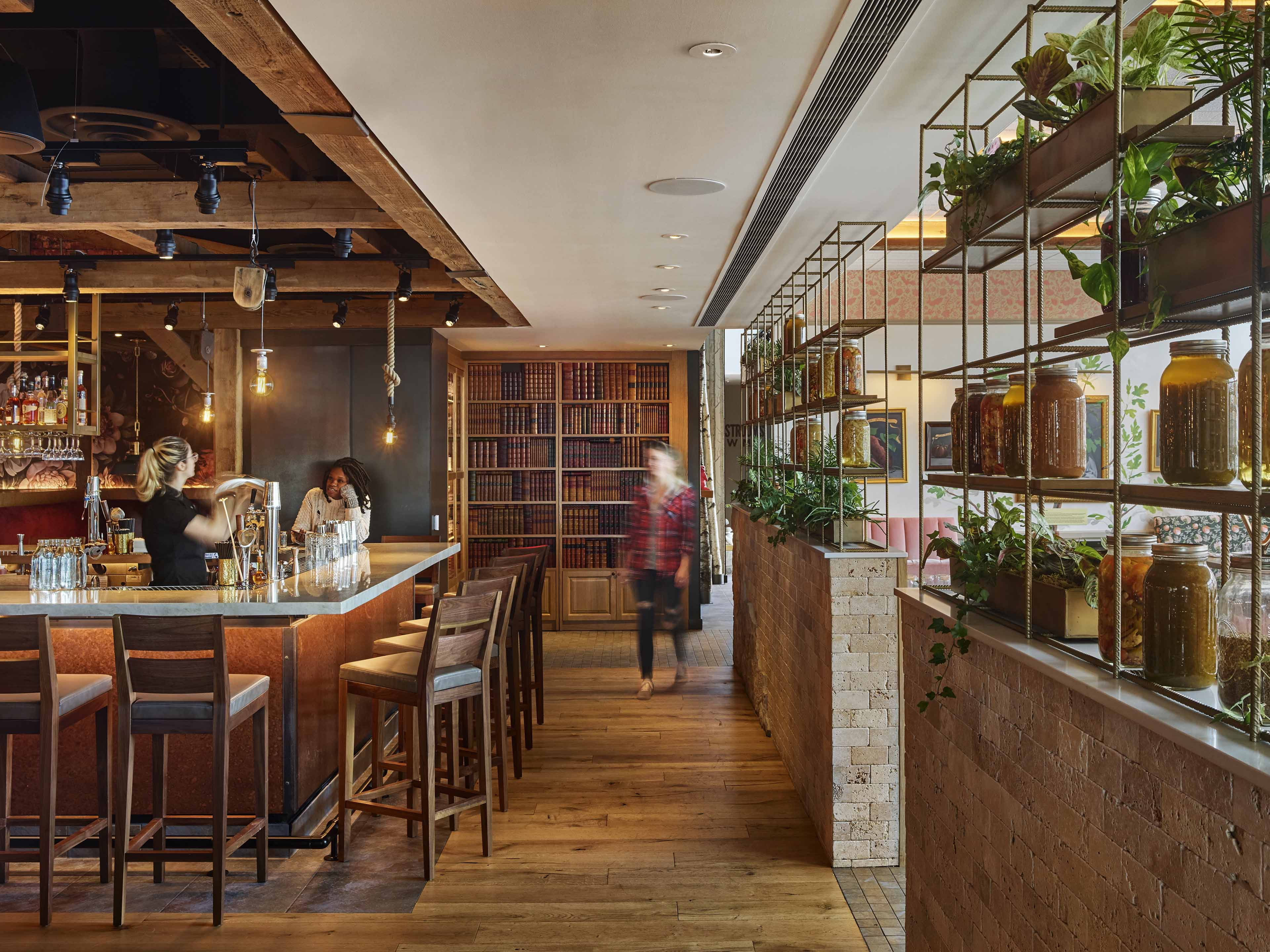farmers restaurant Farmer j is situated on king william street in the office-dense area of monument it is the second branch of the restaurant to open in the capital, joining an existing site in leadenhall.