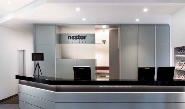 reception and entry in the modern Nestor Hotel in Neckarsulm
